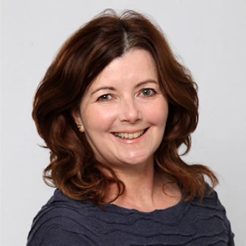 Karen Evennett copywriter for health, wellbeing, beauty and interior design